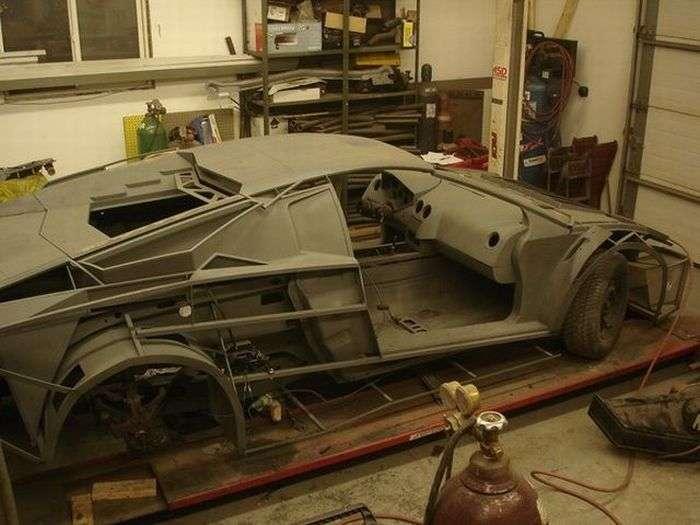 27752 - Convertir de Pontiac a Lamborghini Reventon